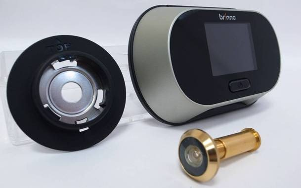 Peephole viewer vs door cam peephole viewer for Door viewer camera